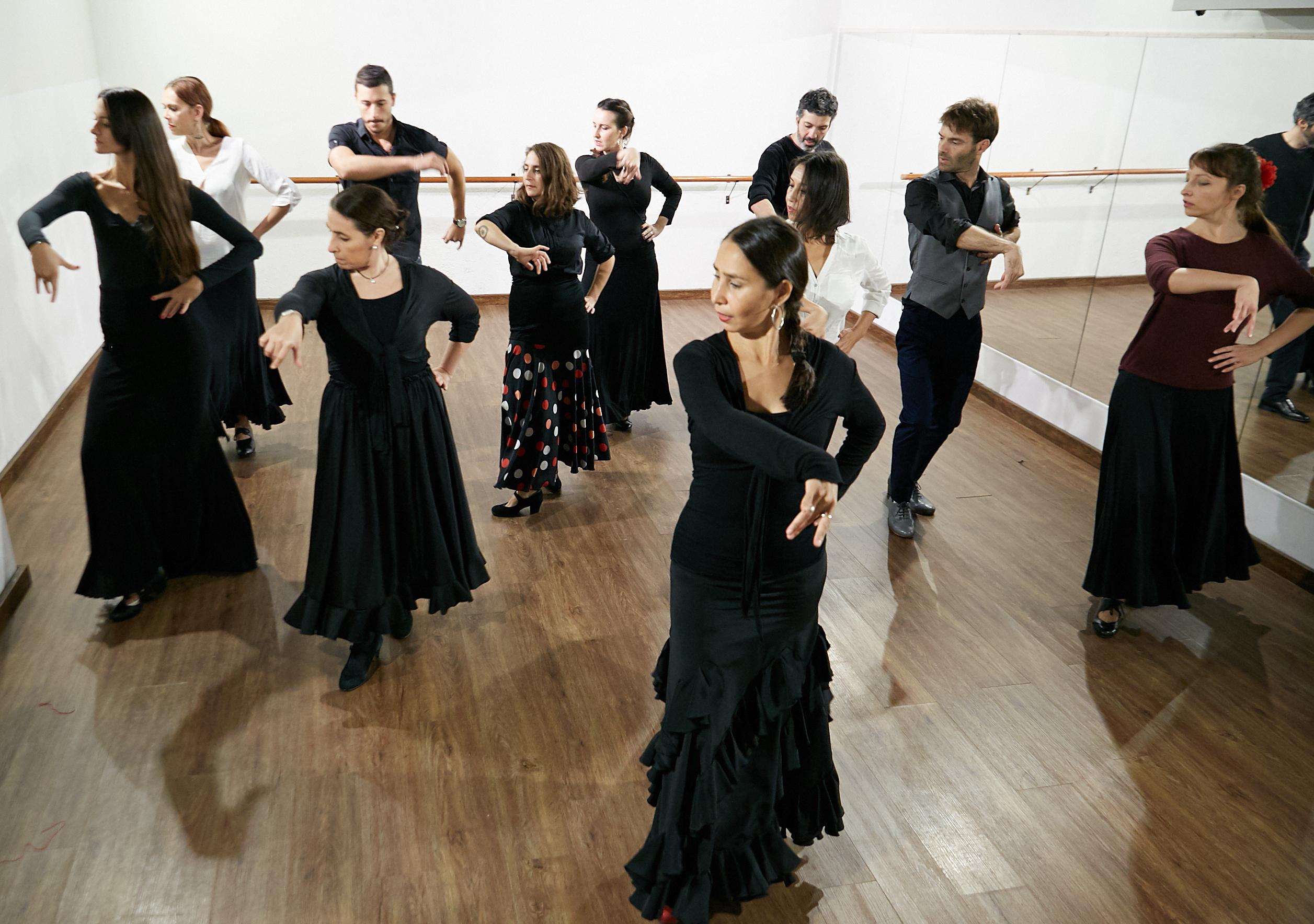 Clases Flamenco - Lucero Cárdenas